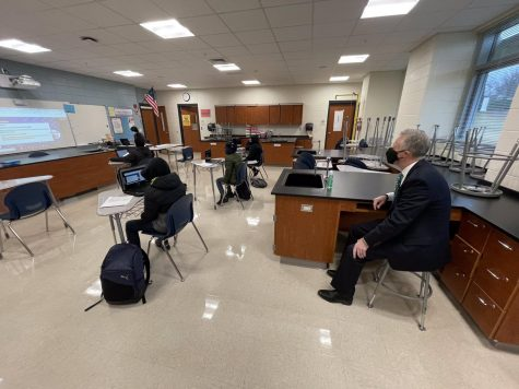 HCPSS Superintendent Dr. Martirano looks on as students return to in-person learning. https://twitter.com/HCPSS/status/1366389914720468998/photo/1