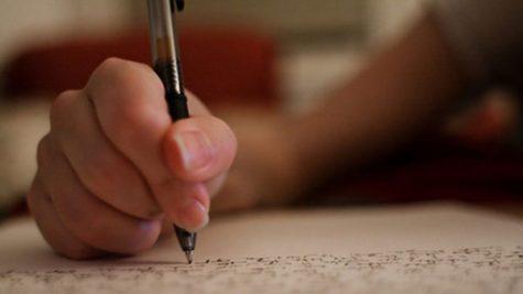 Seniors Share College Application Tips for Juniors